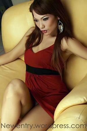 Jenny Cortez Model Selebritis Berani Pose Bugil
